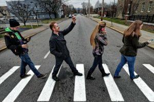 Паника при переходе дороги