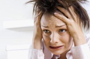Неожиданные приступы ярости, ухудшение памяти, бессонница, непредсказуемое поведение