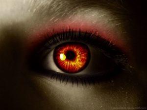 Огненно красный глаз