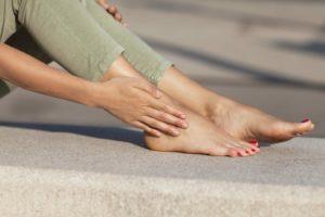 Немеет кожа на ноге
