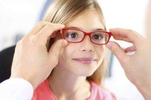 Очковая коррекция при гиперметропии у ребенка